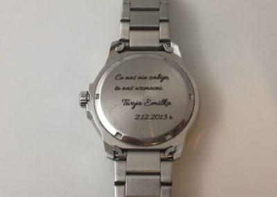 Pamiątka na dekielku zegarka